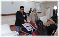 Perú como modelo de Votación Electrónica